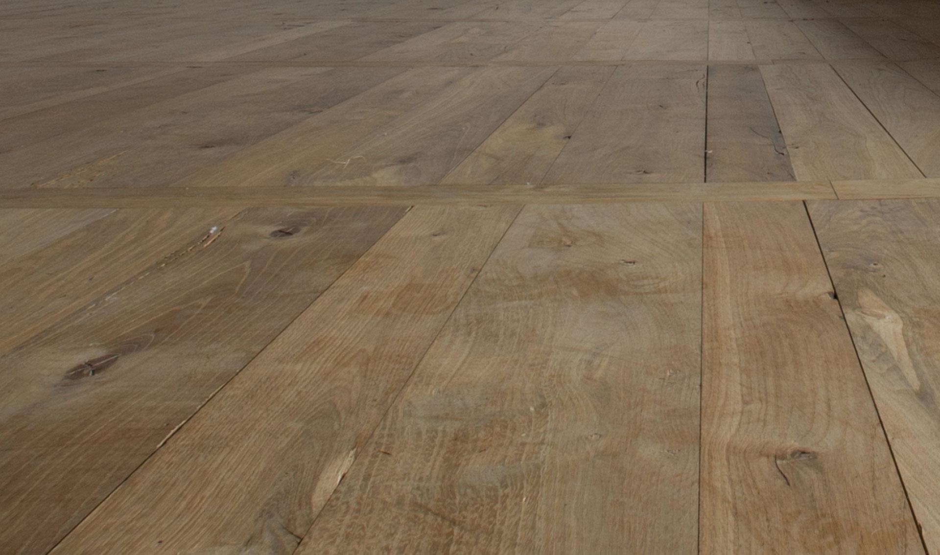 Realizzazione pavimenti in legno la valvaraita legnami for Disegni unici del pavimento